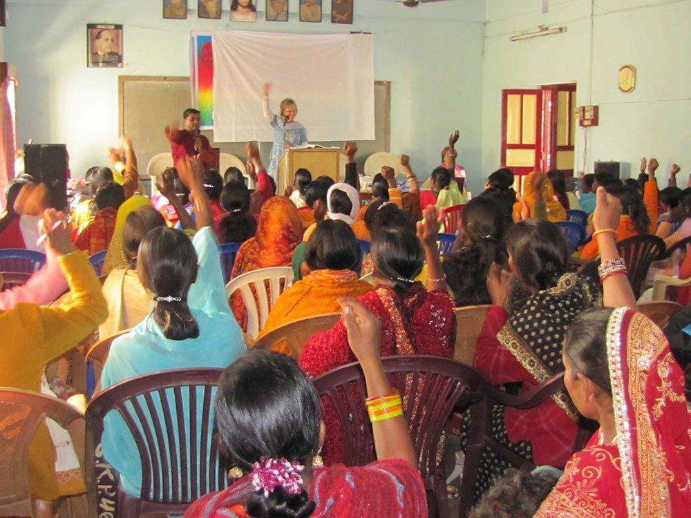 MAB-teaching-women-1